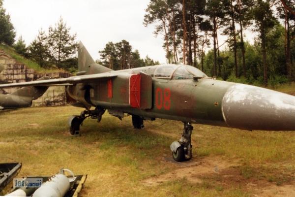 Mig23s 1997 06c