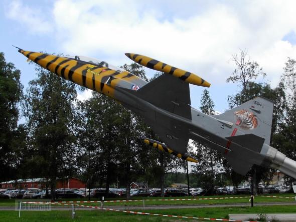 594 F 5B Flysamling Gardermoen