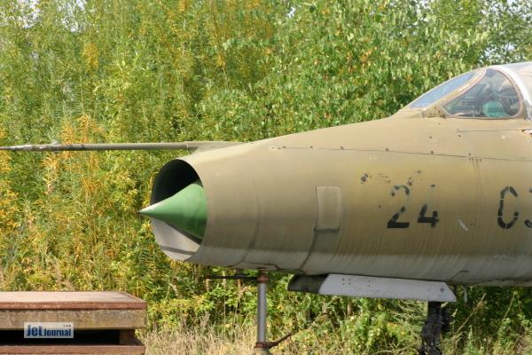Mig 21 2403 Bremen 1 2012 06c