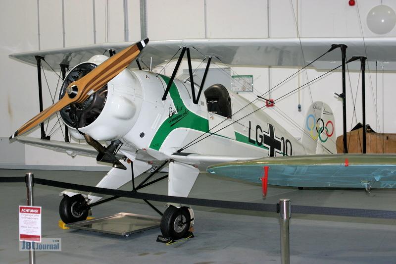 Hangar10 2