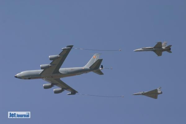 Luftbetankungen mit den F/A-18 werden häufig zusammen mit der französischen Luftwaffe geübt.